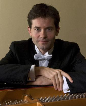 Rupert Egerton-Smith international concert pianist - Wymondham Music Festival