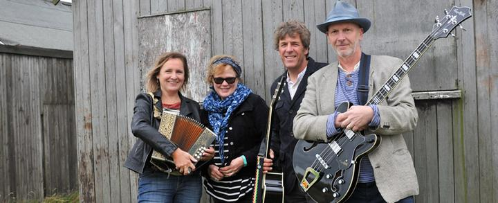'An Evening With Bob' (band) - Surlingham Ferry - 4.00pm