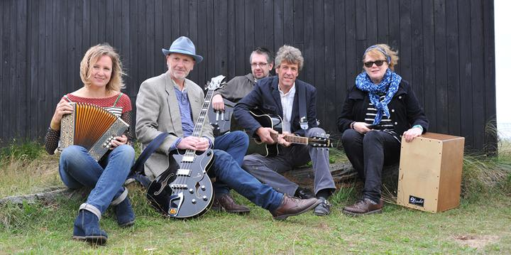 An Evening With Bob (band) at the Dog - 8.30pm