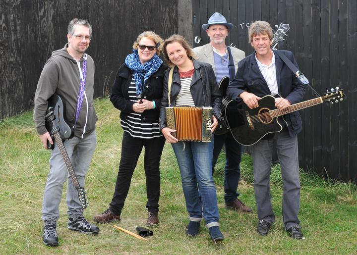 An Evening With Bob (band) At The Boatshed, Wroxham - 4.00pm