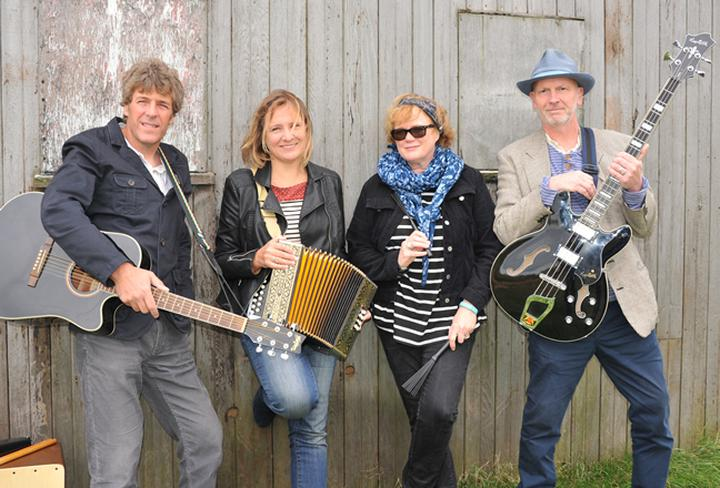 An Evening With Bob (band) - The Ferry House, Surlingham - 4.00pm