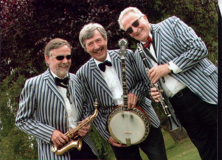 Dixieland Jazz Trio at Fairhaven